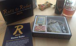 Rats to Riches – Box, Regelheft und Bier