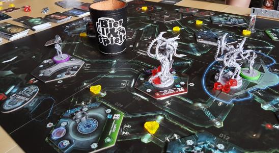 Nemesis auf dem Tisch